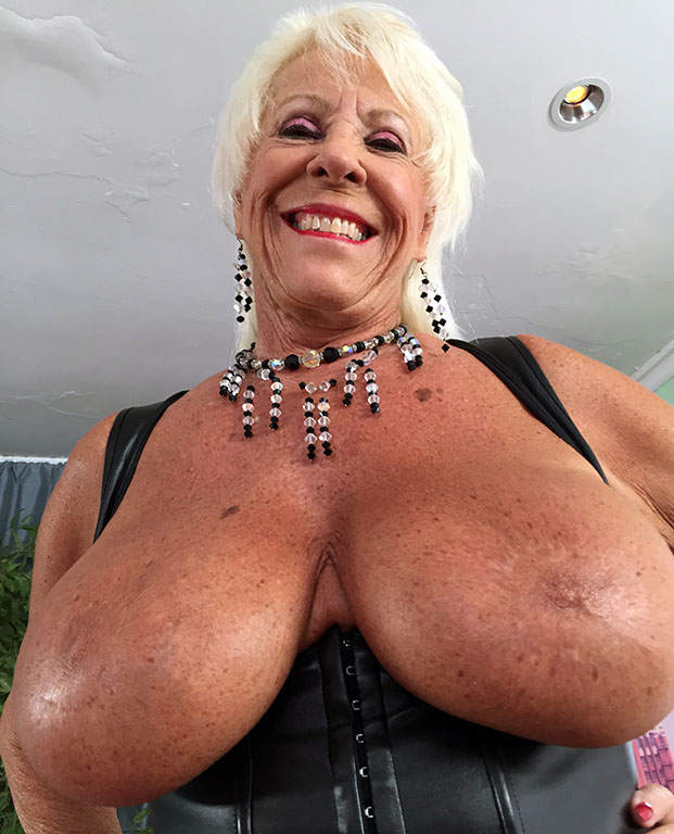 face fuck till she pukes